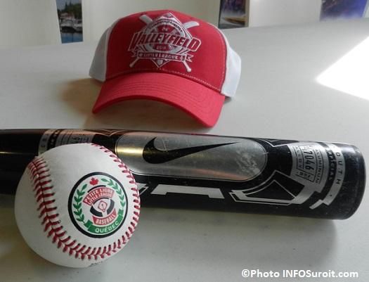 Petites-ligues-de-baseball-balle-baton-et-casquette-Championnat-canadien-Valleyfield-Photo-INFOSuroit_com