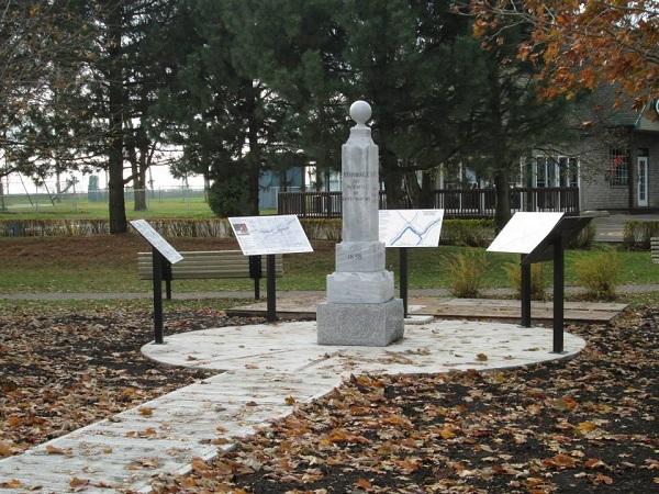 Place-des-Patriotes-Sainte_Martine-monument-commemoration-photo-courtoisie-publiee-par-INFOSuroit_com