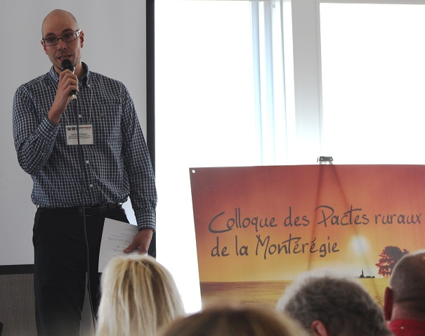 Colloque-des-Pactes-ruraux-de-Monteregie-avec-Philippe_Laplante-de-la-MRC-Beauharnois-Salaberry-Photo-courtoisie-MRC