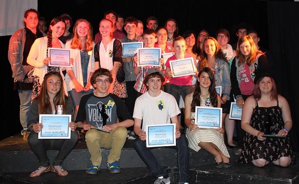Laureats-gala-de-reconnaissance-Jeunesse-Rurale-2014-photo-courtoisie-publiee-par-INFOSuroit_com
