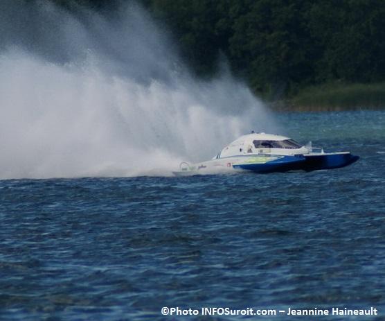 Regate-course-hydroplane-Dominic_Maisonneuve-CS-109-Photo-INFOSuroit_com-Jeannine_Haineault