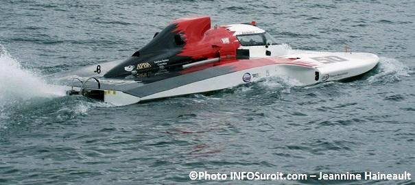 Regates-course-hydrpoplane-GP-50-pilote-Ken_Brodie-Photo-INFOSuroit_com-Jeannine_Haineault