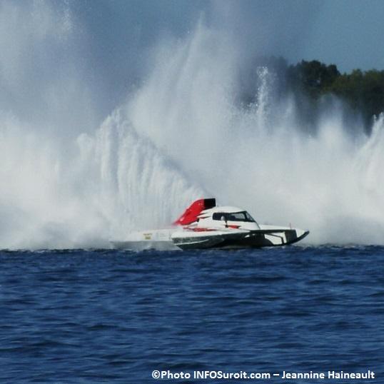 Regates-hydroplane-course-GP-50-Ken_Brodie-Photo-INFOSuroit_com-Jeannine_Haineault