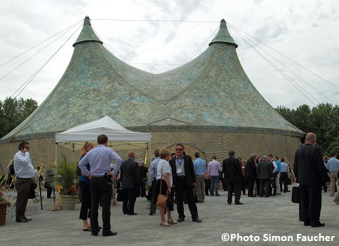 Sommet-economique-VS-2014-Chapiteau-Eugene-Chaplin-Photo-Simon_Faucher-via-CLD