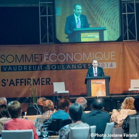 Sommet-economique-VS-2014-Marc_Dutil-et-participants-Photo-Josiane-Farand-via-CLD