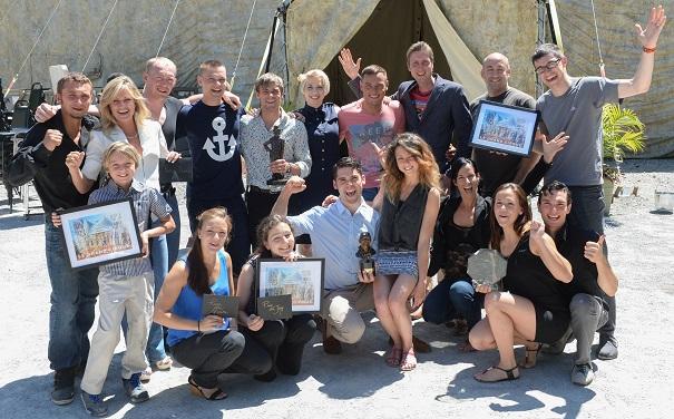 festival-de-cirque-de-Vaudreuil-Dorion-les-artistes-du-concours-le-Grand-Cirque-et-Yannick_Gosselin-fondateur-du-festival-Photo-courtoisie
