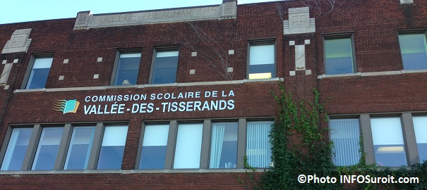 Commission-scolaire-Vallee-des-Tisserands-siege-social-ancien-College-de-Beauharnois-Photo-INFOSuroit_com