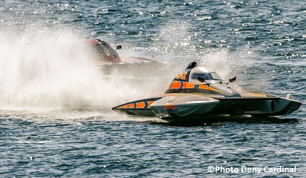 Regates-de-Valleyfield-hydroplane-S242-pilote-Bobby_King-Copyright-Photo-Deny-Cardinal