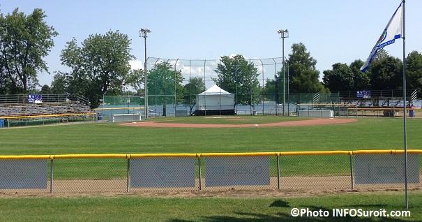 Stade-de-baseball-Roland_Boyer-parc-Delpha-Sauve-de-Valleyfield-Photo-INFOSuroit_com