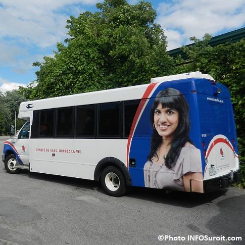 autobus-Hema-Quebec-donnez-du-sang-donnez-la-vie-Photo-INFOSuroit_com