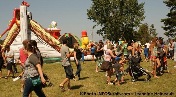 BeauVentois-jeux-gonflables-famille-Photo-INFOSuroit-com_Jeannine_Haineault