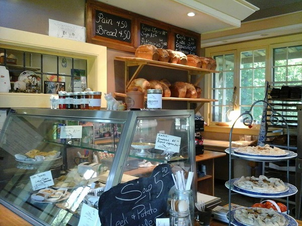 La_Petite_Boulangerie_D_Elgin-produits-pains-photo-courtoisie-publiee-par-INFOSuroit_com