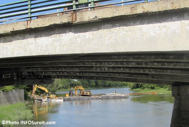 Pont-Arthur-Laberge-travaux-riviere-Chateauguay-Photo-INFOSuroit_com