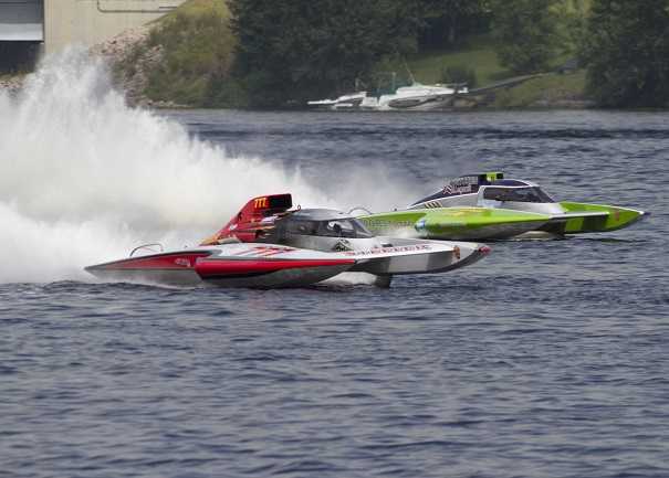regates-St-Felicien-2014-hydroplanes Grand-Prix-GP777-et-GP57-Photo-courtoisie-ACHA