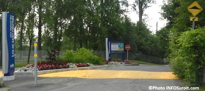 Entree stationnement parc regional des iels de Saint-Timothee Photo INFOSuroit_com