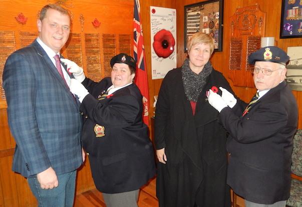 Operation Coquelicot de la Legion avec depute SylvainChicoine et mairesse NathalieSimon Photo courtoisie