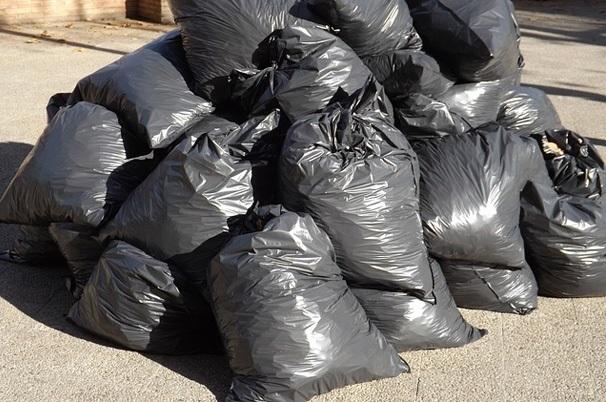 Dechet-poubelle-collecte-ordures-menageres-Chateauguay-photo-courtoisie-publiee-par-INFOSuroit_com