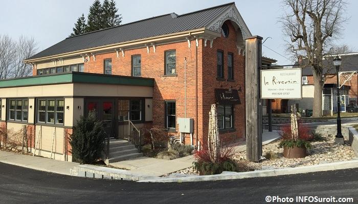 Ormstown-restaurant-Le-Riverain-pres-pont-du-Centenaire-Photo-INFOSuroit_com