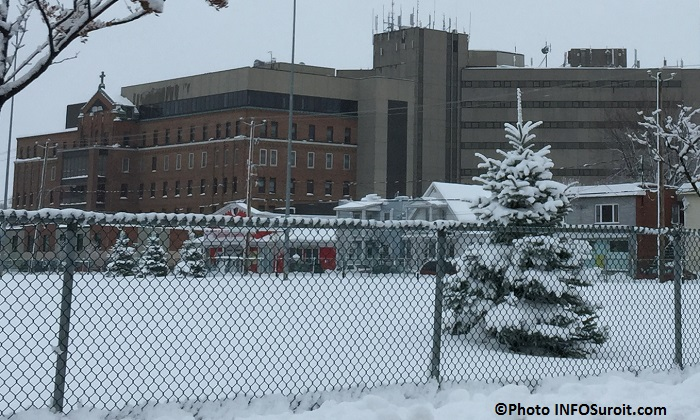 Hopital du Suroit a Valleyfield hiver 2014-2015 Photo INFOSuroit_com