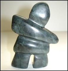 art de la pierre sculpture artiste Inuit Frantz_Neveu Photo courtoisie MUSO