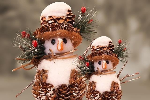 Bonhomme-de-neige-photo-Pixabay-publiee-par-INFOSuroit_com