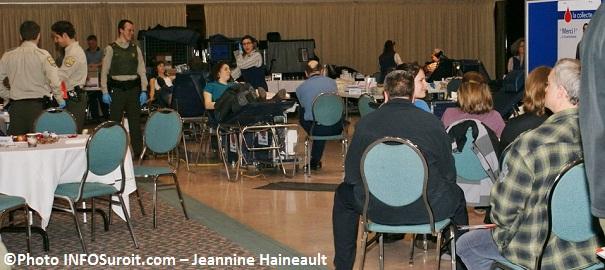 Collecte de sang Surete du Québec - Photo INFOSuroit Jeannine Haineault