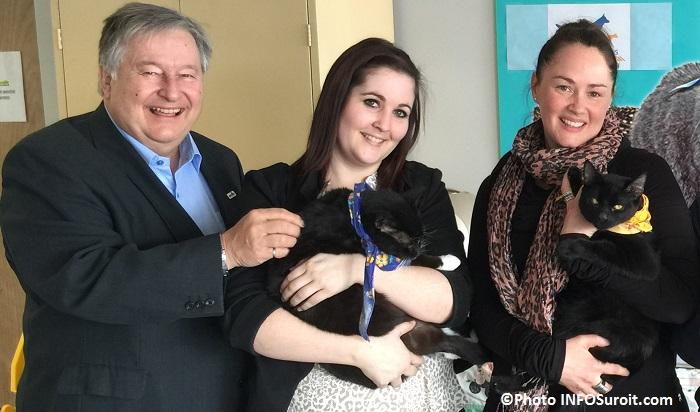 Denis_Lapointe Josee_Bilodeau Maggy_Hinse et deux chats Photo INFOSuroit_com