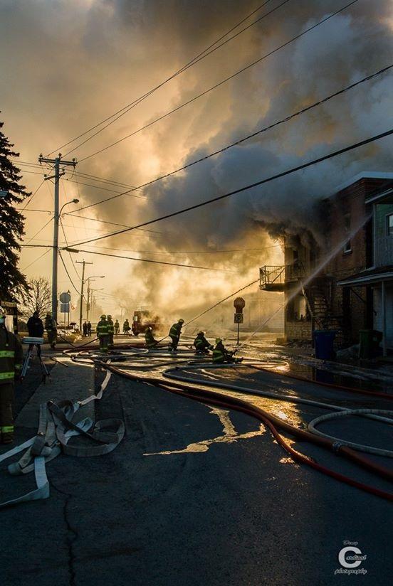 Incendie-Saint-Stanislas-de-Kostka-Photo-Deny_Cardinal-publiee-par-INFOSuroit_com