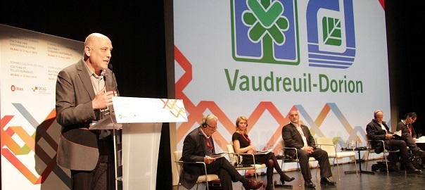 Michel_Vallee-Vaudreuil_Dorion-Espagne-Sommet-culture-photo-courtoisie-publiee-par-INFOSuroit_com