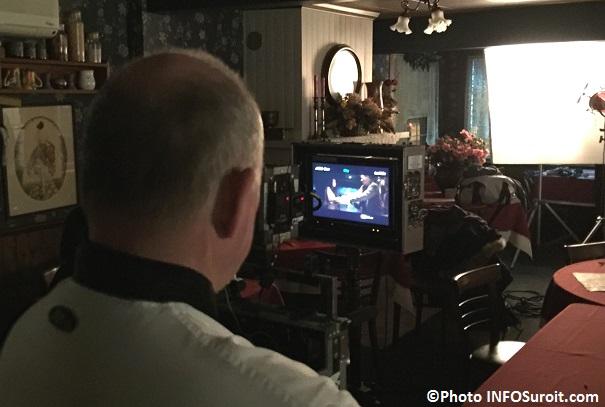 Michel_deVillemure lors du tournage du film Secret_d_hiver dans son restaurant Photo INFOSuroit_com