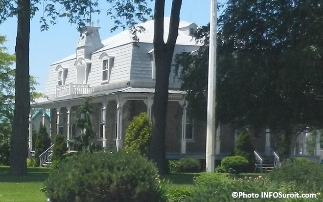 Presbytere municipalite St-Louis-de-Gonzague batiment patrimonial Photo INFOSuroit_com