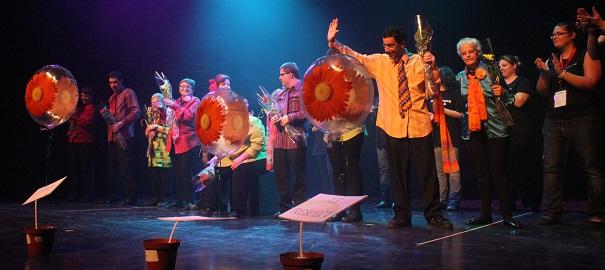 Troupe-theatre-les-Pas-pour-rire-photo-courtoisie-publiee-par-INFOSuroit_com