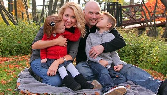famille parents enfants mere fille et pere garcon Photo Pixabay