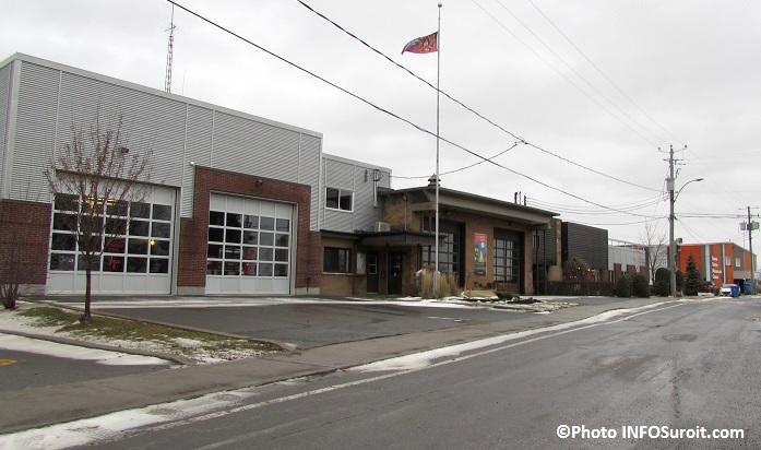 Caserne des pompiers hotel de ville de Sainte-Martine et arena Photo INFOSuroit_com