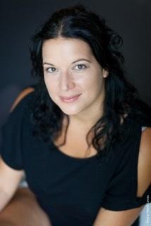 Comedienne-Patricia-Legare-Productions-Egares-de-la-lune-photo-Marili_Levac-publiee-par-INFOSuroit_com