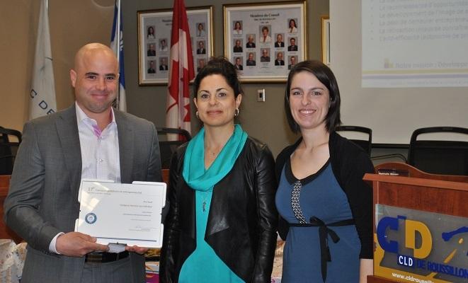 David_Lemelin des Soins Belladerma avec Josianne_Belanger du CJE et Pascale_Levasseur du CLD Photo courtoisie