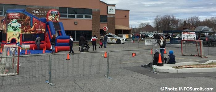 Hockeyton de la SQ Beauharnois_Salaberry jeux gonflables kiosques grillages hot-dogs Photo INFOSuroit_com