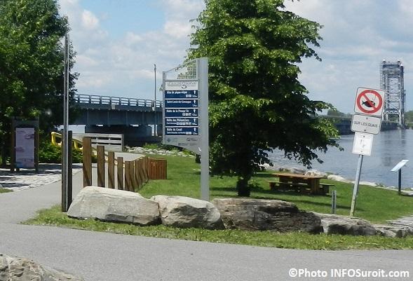 Piste cyclable Parc regional de Beauharnois-Salaberry pres du pont Saint-Louis-de-Gonzague Photo INFOSuroit_com