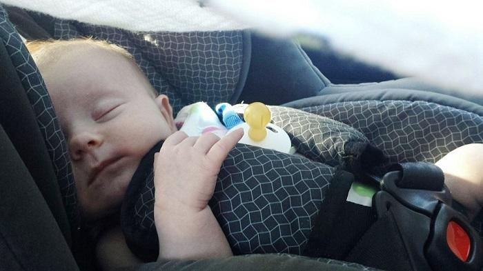 bebe siege d auto enfant endormi Photo Pixabay