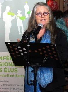 Louise_Page-presidente-Bistro-culturel-Coeur-de-Village-photo-courtoisie-publiee-par-INFOSuroit_com