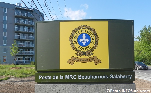 Poste de police SQ Beauharnois-Salaberry enseigne Photo INFOSuroit_com