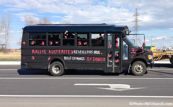 Rallye-Austerite-1er-mai-cortege-automobile-Valleyfield-autobus-photo-INFOSuroit_com