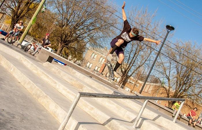 Skate Plaza Valleyfield inauguration planchiste Photo courtoisie