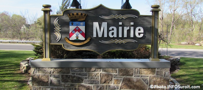 enseigne de la mairie de Chateauguay Photo INFOSuroit_com
