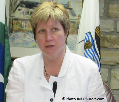 la mairesse de Chateauguay Nathalie_Simon mai 2015 Photo INFOSuroit_com