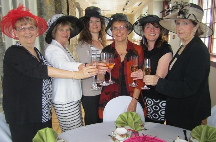 The-et-Champagne-pour-le-MUSO-photo-courtoisie-publiee-par-INFOSuroit_com