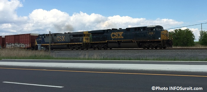 train CSX pres gare intermodale de Valleyfield Photo INFOSuroit_com
