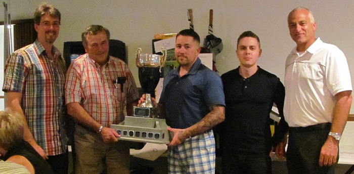 Coop des Frontieres gagnants du tournoi de golf 2015 Photo Coop