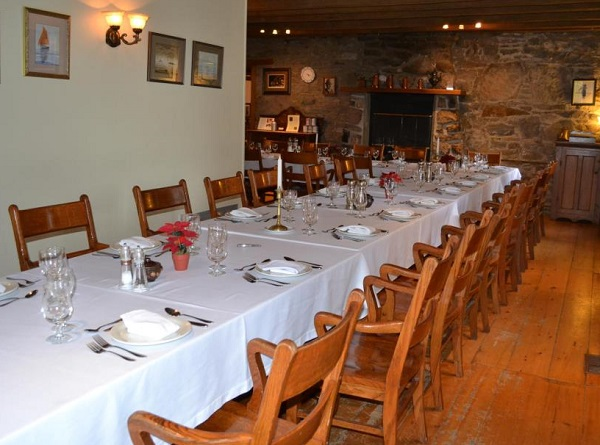 Table_champetre salle a manger Domaine_de_la_Templerie Photo FB DDLT