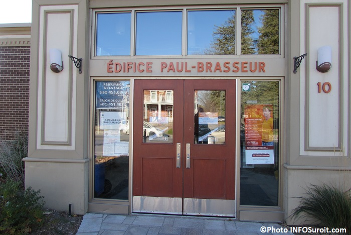 Edifice Paul-Brasseur a Rigaud entree Photo INFOSuroit_com